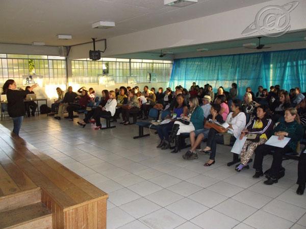 Foto: encontro e palestra