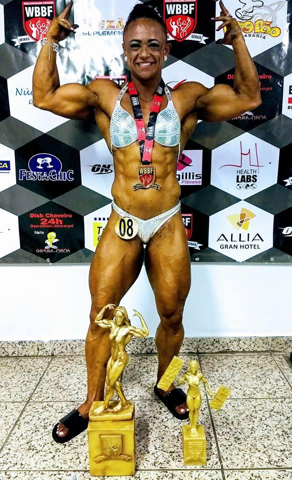 A Fisiculturista Luziene Lobo