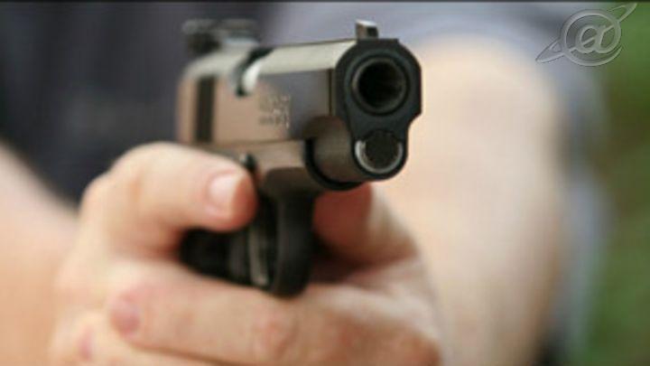 Foto: Ilustração / Bandidos utilizaram pistolas semiautomáticas