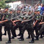 Militares do exército